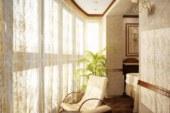Оформление балкона может быть нестандартным