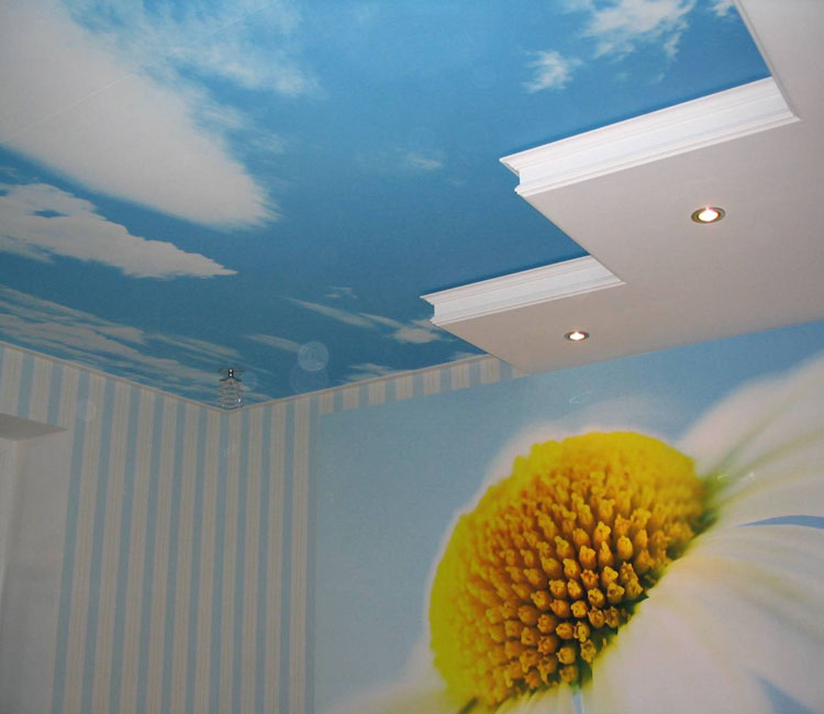 Хотите научиться идеально красить потолок?