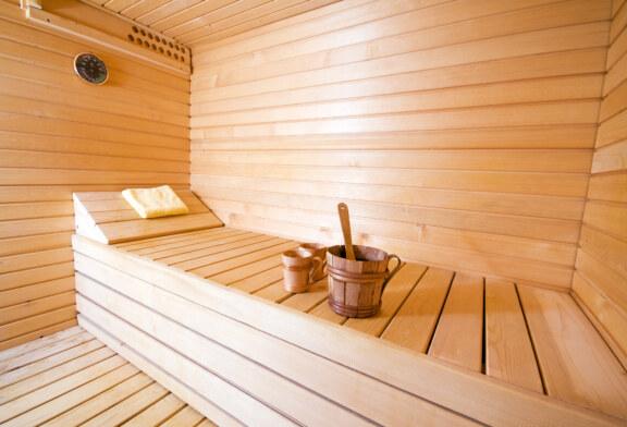 Насколько важны защитные негорючие обшивки для стен бани и как выбрать нужные?