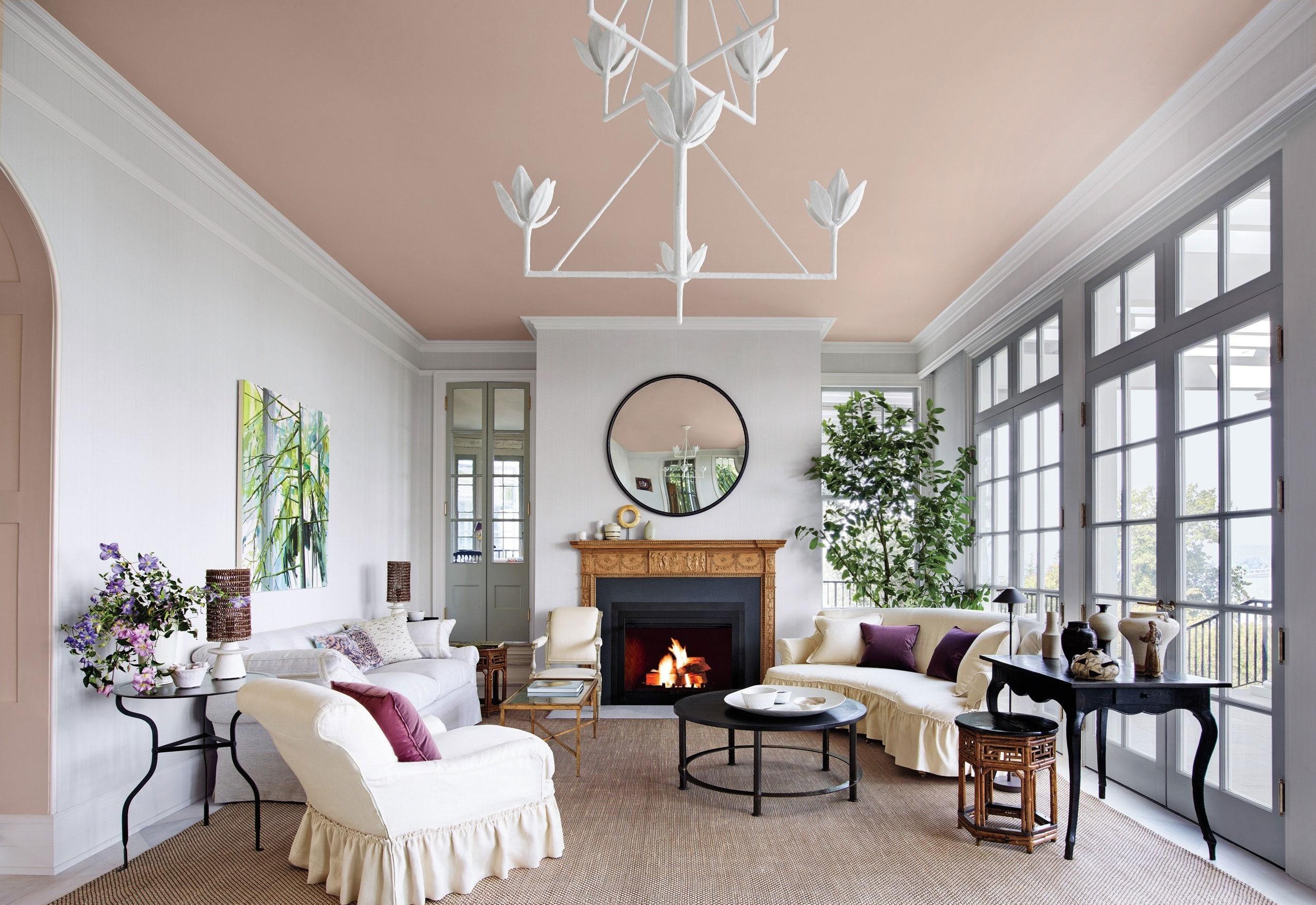 Необходимо покрасить потолок? Сделайте это сами!