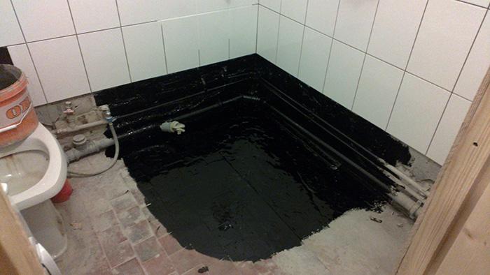 Из каких материалов лучше создать гидроизоляцию в ванной комнате?